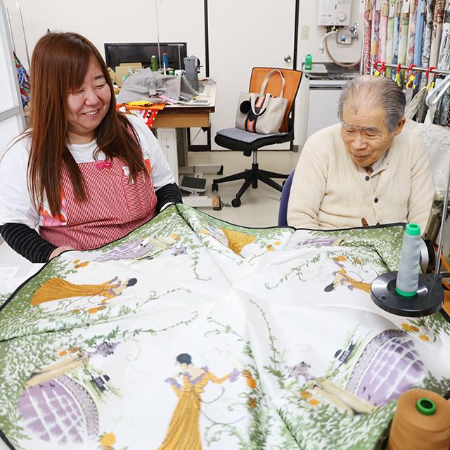 雨の日が待ち遠しくなる!熟練の傘職人が丁寧に縫い上げる「モンブランヤマグチ」の高級美術洋傘